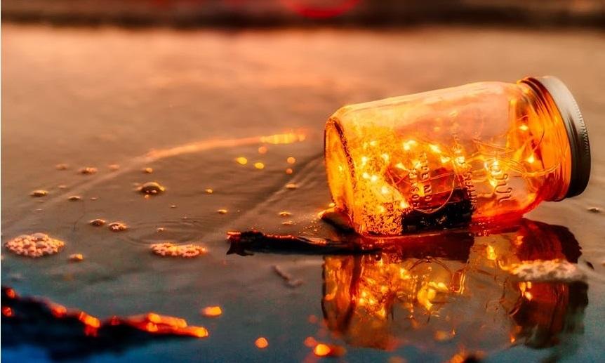 I više nikad ne budeš, za ljubav slomljena, za život istrošena i sama od sebe umorna.